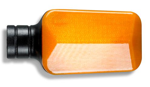 使用 ABSi 材料 3D 列印的汽車轉向信號燈部件。