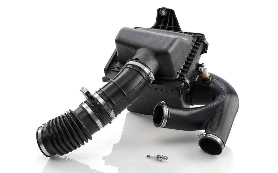 FDM TPU 92A 為汽車進氣軟管等大型複雜彈性體部件的原型製作提供了持久的柔韌性。