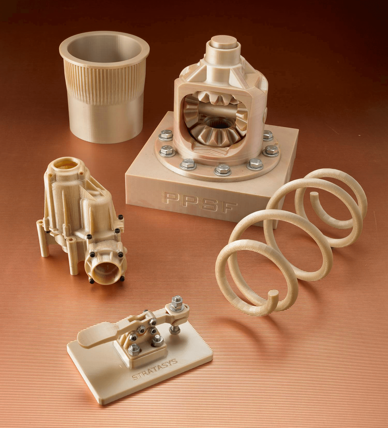 PPSU結合了高強度,耐熱和耐化學性,可用於要求苛刻的功能測試和生產應用。