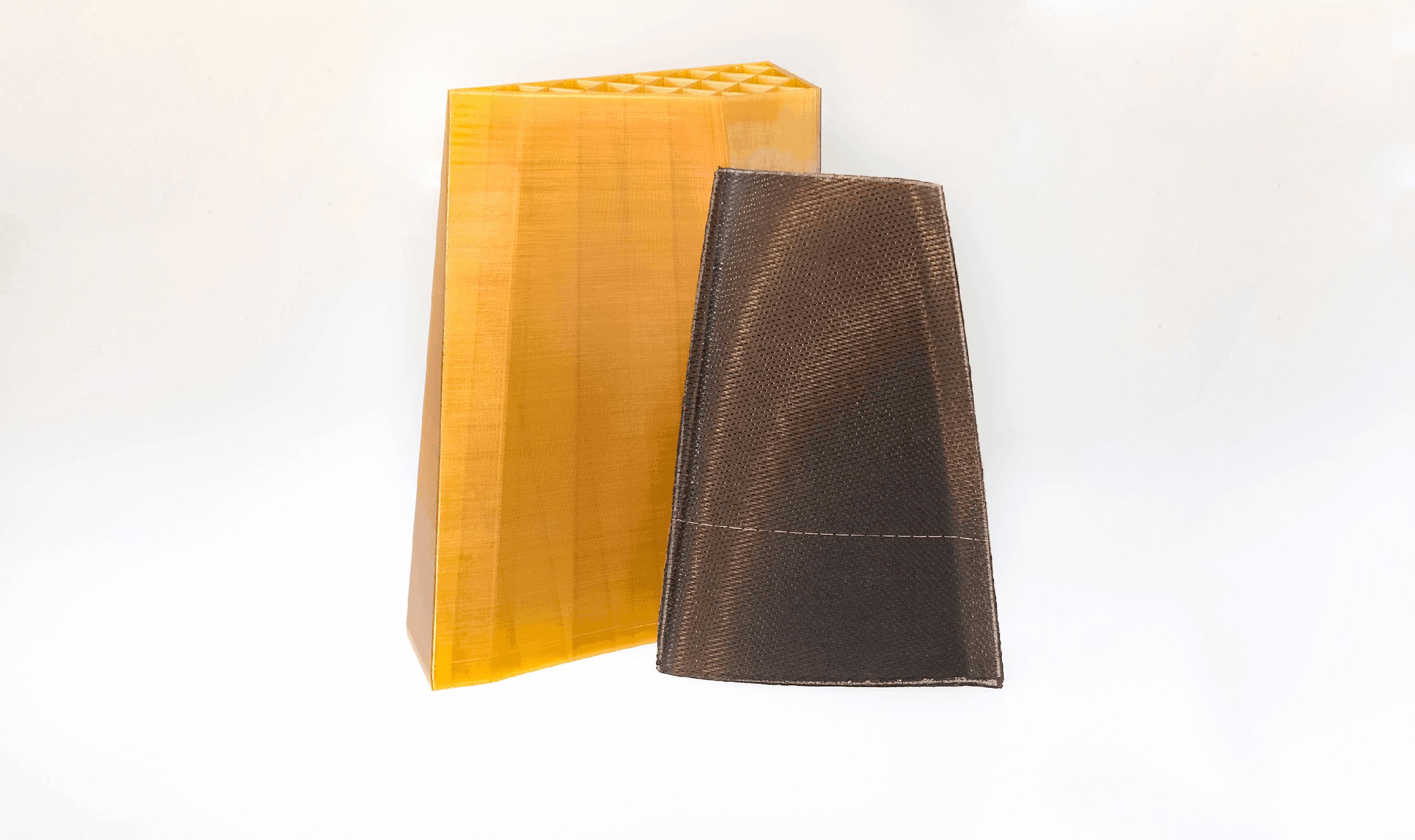 查看 ULTEM™ 1010 resin 材料從原型到生產部件的各種應用。