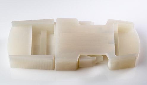 使用 Durus 模擬聚丙烯材料的卡扣式 3D 列印零件。